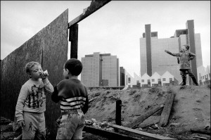 GB.  ENGLAND. London. Docklands. Children playing on deserted ground in Docklands. 1992.